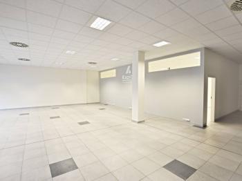 Pronájem obchodních prostor 230 m², České Budějovice