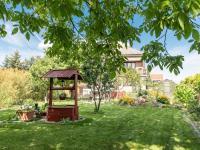 Prodej 1/2 rodinného domu - bytové jednotky se zahradou - Srch u Pardubic - Prodej bytu 3+1 v osobním vlastnictví 85 m², Srch