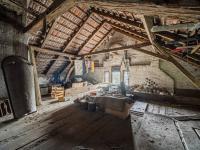 půda - Prodej domu v osobním vlastnictví 280 m², Dobříkov