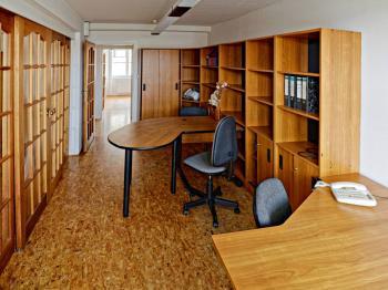 KANCELÁŘ 2 - Pronájem kancelářských prostor 13 m², České Budějovice