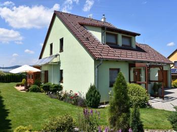 Boční pohled - Prodej domu v osobním vlastnictví 163 m², Kaplice