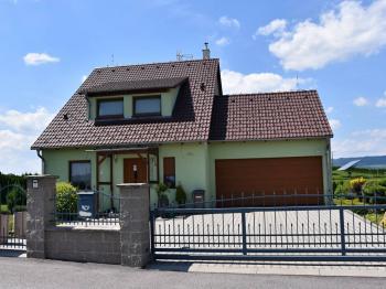 Přední pohled - Prodej domu v osobním vlastnictví 163 m², Kaplice