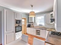kuchyňský kout - Prodej domu v osobním vlastnictví 90 m², Srubec