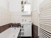 Koupelna - Prodej bytu 2+1 v osobním vlastnictví 82 m², Praha 3 - Žižkov