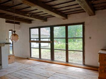 POKOJ S KRBEM - Prodej domu v osobním vlastnictví 140 m², Malonty