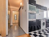 chodba a kuchyň - Prodej bytu 2+1 v osobním vlastnictví 57 m², České Budějovice