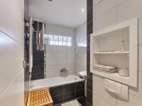 koupelna - Prodej bytu 2+1 v osobním vlastnictví 57 m², České Budějovice