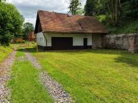 Dílna - garáž - Prodej domu v osobním vlastnictví 196 m², Trstěnice