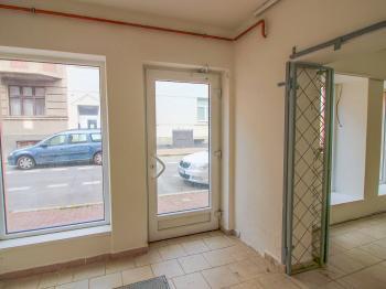 vstup - Prodej komerčního objektu 171 m², České Budějovice