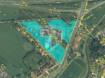 Prodej nájemního domu 6000 m², Trmice