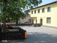 penzion nádvoří - Prodej penzionu 1530 m², Babice
