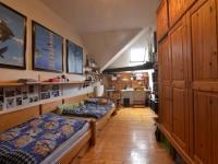 Dětský pokoj (Prodej bytu 4+1 v osobním vlastnictví 174 m², Praha 6 - Bubeneč)