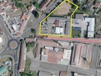Prodej komerčního objektu 2452 m², Mělník