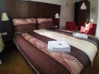Hotelový pokoj (Prodej hotelu 2197 m², Kostelec nad Černými lesy)