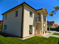 Prodej domu v osobním vlastnictví 274 m², Šestajovice