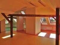 Pronájem kancelářských prostor 146 m², Říčany