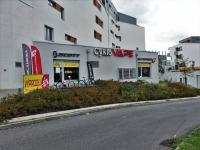Pronájem obchodních prostor 212 m², Praha 9 - Vysočany