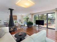 Prodej domu v osobním vlastnictví 310 m², Květnice