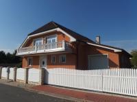 Prodej domu v osobním vlastnictví 330 m², Šestajovice