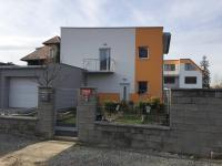 Prodej domu v osobním vlastnictví 185 m², Praha 9 - Újezd nad Lesy