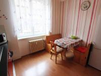 kuchyně (Prodej bytu 2+1 v družstevním vlastnictví 60 m², Praha 8 - Libeň)