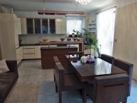 Prodej domu 220 m², Praha 9 - Újezd nad Lesy