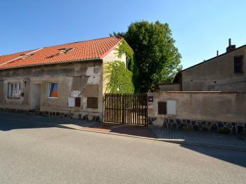 Dům - Prodej domu v osobním vlastnictví 265 m², Praha 9 - Čakovice