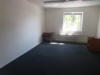 Pronájem kancelářských prostor 250 m², Praha 9 - Horní Počernice