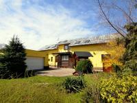 Prodej domu v osobním vlastnictví 389 m², Jirny