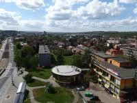 Výhled z obývacího pokoje (Prodej bytu 3+kk v osobním vlastnictví 66 m², Praha 9 - Hloubětín)