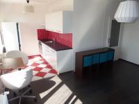 Obývací pokoj s kuchyní (Prodej bytu 3+kk v osobním vlastnictví 66 m², Praha 9 - Hloubětín)