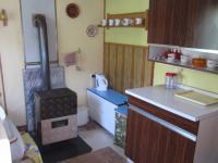 kuchyň s kamny  (Prodej chaty / chalupy 40 m², Choltice)