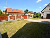 Zahrada (Prodej domu v osobním vlastnictví 130 m², Praha 9 - Horní Počernice)