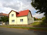 Pronájem domu v osobním vlastnictví 200 m², Praha 9 - Horní Počernice