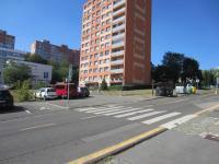 Dům (Prodej bytu 2+kk v družstevním vlastnictví 45 m², Praha 4 - Michle)