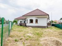 Pronájem domu v osobním vlastnictví 220 m², Praha 9 - Újezd nad Lesy