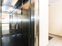 výtah (Prodej bytu 3+kk v osobním vlastnictví 107 m², Praha 9 - Kyje)