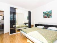 ložnice (Prodej bytu 3+kk v osobním vlastnictví 107 m², Praha 9 - Kyje)