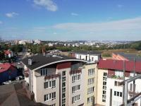 pohled z terasy (Prodej bytu 3+kk v osobním vlastnictví 107 m², Praha 9 - Kyje)
