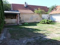 Přední zahrada - Prodej domu v osobním vlastnictví 95 m², Praha 5 - Lahovice