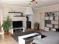 Obývací pokoj (Prodej domu v osobním vlastnictví 95 m², Praha 5 - Lahovice)