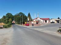 směr od silnice č.101 Uvaly (Pronájem pozemku 7707 m², Úvaly)