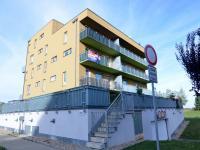 Prodej bytu 2+kk v osobním vlastnictví, 66 m2, Praha 10 - Uhříněves