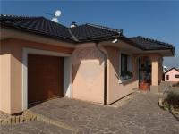 Garáž (Prodej domu v osobním vlastnictví 213 m², Šestajovice)