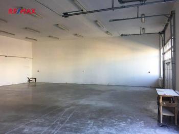 Pronájem skladovacích prostor 380 m², Kolín