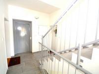 Schodiště - Prodej bytu 3+kk v osobním vlastnictví 80 m², Mariánské Lázně