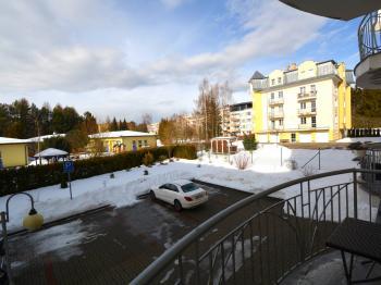 Balkon - Prodej bytu 3+kk v osobním vlastnictví 80 m², Mariánské Lázně