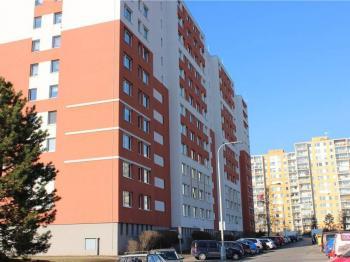 Pohled na dům - Prodej bytu 3+kk v osobním vlastnictví 67 m², Praha 8 - Troja