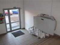 Vstup do domu - Prodej bytu 3+kk v osobním vlastnictví 67 m², Praha 8 - Troja