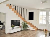 Prodej bytu 7+1 v osobním vlastnictví 227 m², Praha 6 - Střešovice